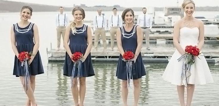 Motyw żeglarski, marynarski, czy po prostu motyw morza, jest idealnym pomysłem na letnie wesele. Zobaczcie, co i w jaki sposób można wykorzystać, aby Wasze wesele nabrało marynistycznego charakteru.