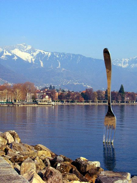 Leman Lake: Fork - Vevey, Switzerland: a monument in front of a Museum of Food