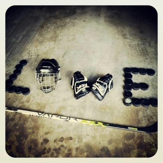 I love hockey!