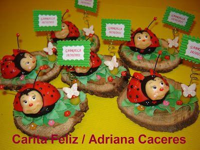 Carita Feliz / Adriana Caceres: SOUVENIR VAQUITAS DE SAN ANTONIO