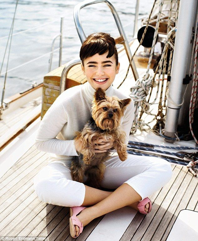 Looks like Lily Collins is wearing an Audrey Hepburn inspired outfit!