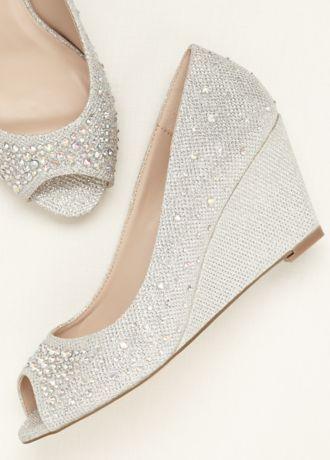Rue Womens Shoes Gold Pumps