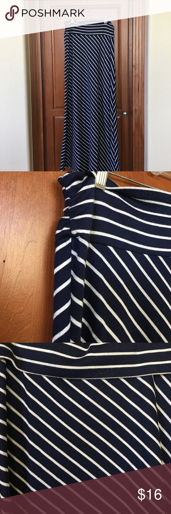 Navy blue striped maxi skirt! Navy Maxi skirt, can be folded over on the top (see in third pic), cute and flowy but still flattering! Bought at boutique in Aspen! Cute for summer. From smoke and pet free home love in Skirts Maxi