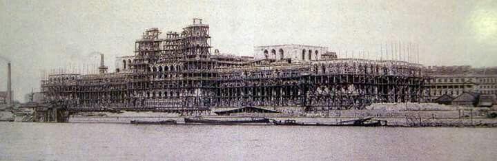 1894, A Parlament építése.