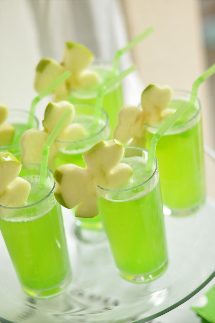 St Patric's day is coming up! Here is an easy GREEN DRINK