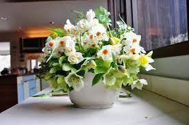 Terima kasih anda telah berkunjung kehalaman kami, Kami melayani order berbagai macam jenis bunga hiasan meja, http://preweddingevent.blogspot.co.id/2015/04/bunga-hiasan-meja.html
