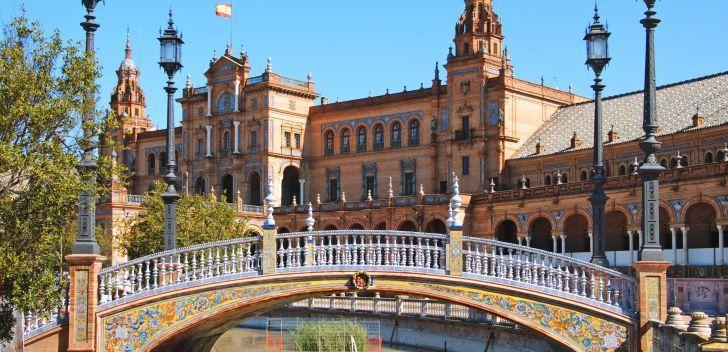 Si vous rêvez de vacances pas cher, profitez d'un séjour à Séville grâce à notre comparateur de voyage pas cher #voyage #seville #comparateur #hotel #vols #location
