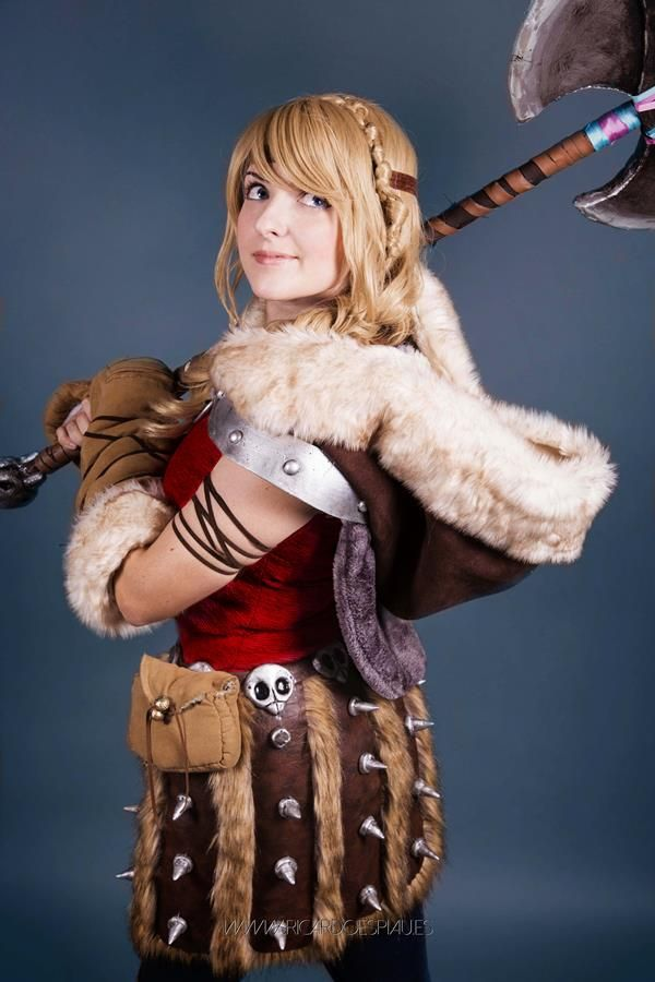 Awesome Astrid Cosplay From How To Train Your Dragon 2