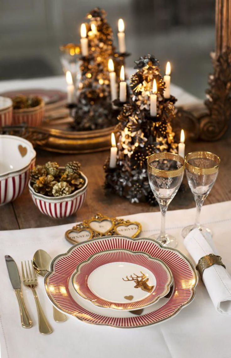 Pinterest: 6 beautiful Christmas table in red and gold