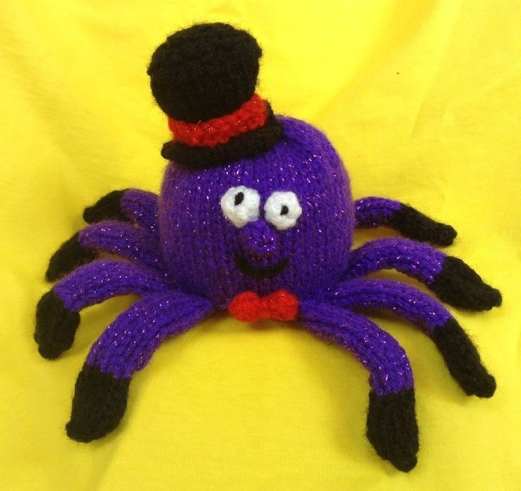 This spooky Sid the Halloween Spider knitting pattern can be used as a chocolate orange cover or stuffed using the base pattern to make a lovely 10 cms soft toy. This makes a lovely decoration, table present or great fun gift. | eBay!