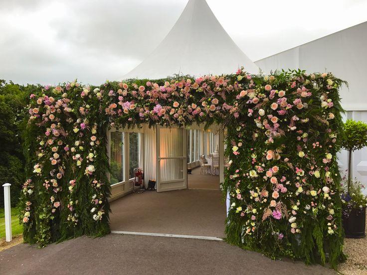 Mount Juliet Hotel, Thomastown Church, marquee wedding , flowers, lamber de Bie