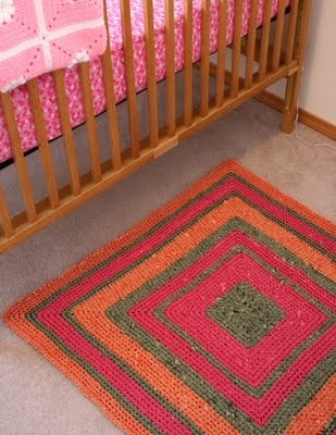 Rag Rug ( make for the girls room)