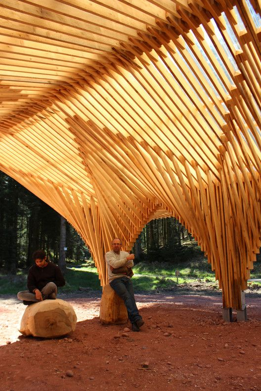 Creation of a Forest Shelter at Bertrichamp / Studiolada Architectes + Yoann…