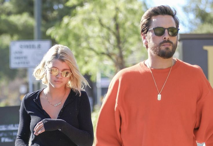 Broke Scott Disick Mooching Off Teen Girlfriend Sofia Richie!: Shameless Scott Disick is… #Celebrity #Paparazzi #broke #disick #girlfriend