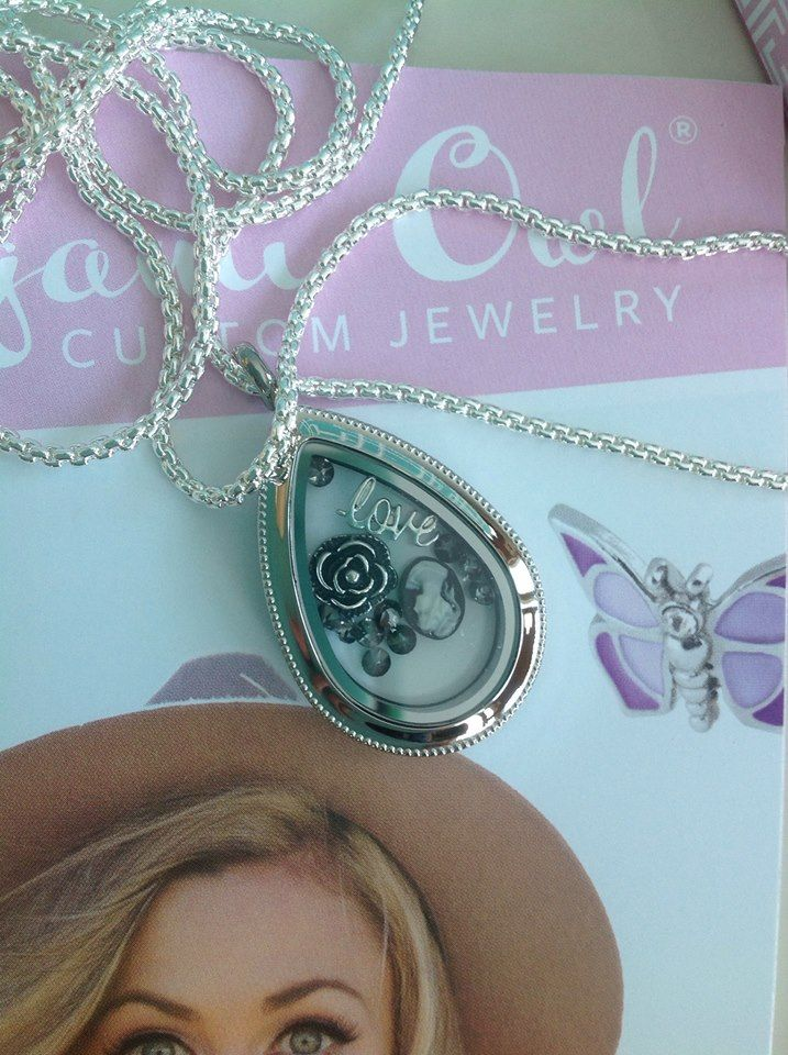 jewelry teardrop light accessories and blue on item lockets dark from green in locket necklace glow pendant necklaces the openwork