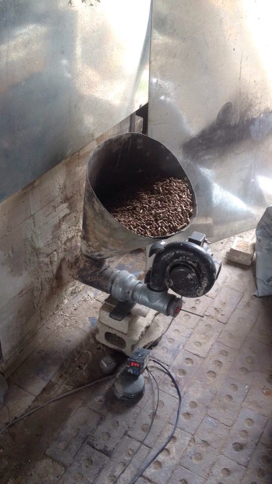 #PelletGama #연료공급장치 #wood #pellets  #펠릿가마  If you can guarantee my patent, I can show you my work in your country.