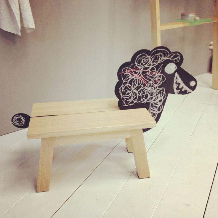 The kids stool Ovecka, isn´t she lovely?