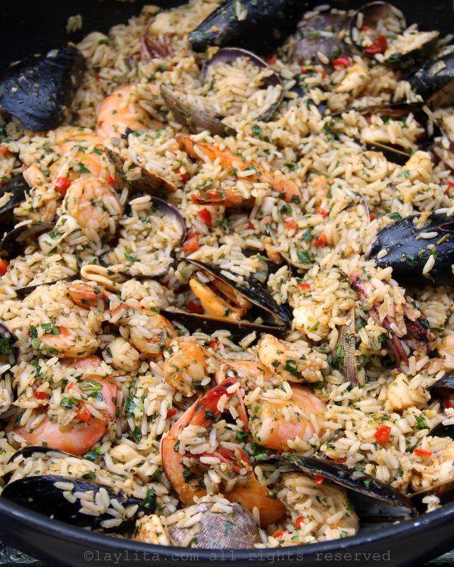 Arroz marinero or seafood rice