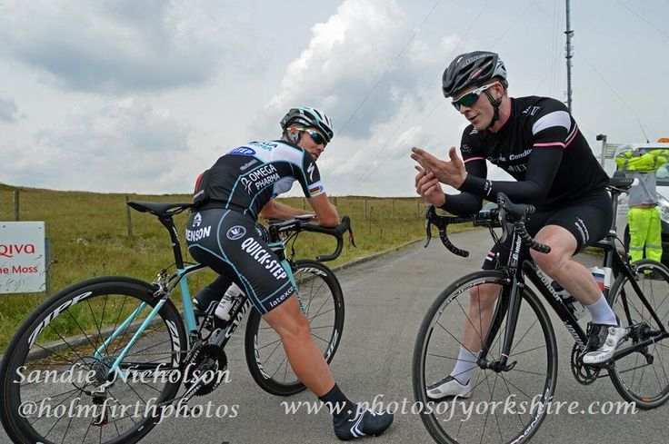 Tweeted by @holmfirthphotos - Two cycling legends together on Holme Moss!Cav & Ed Clancy.