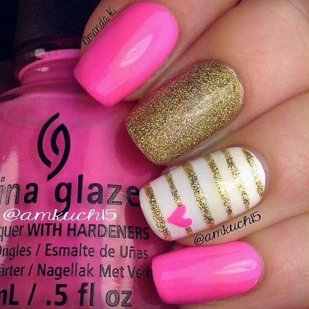 Cute nails. Hearts. Glitter