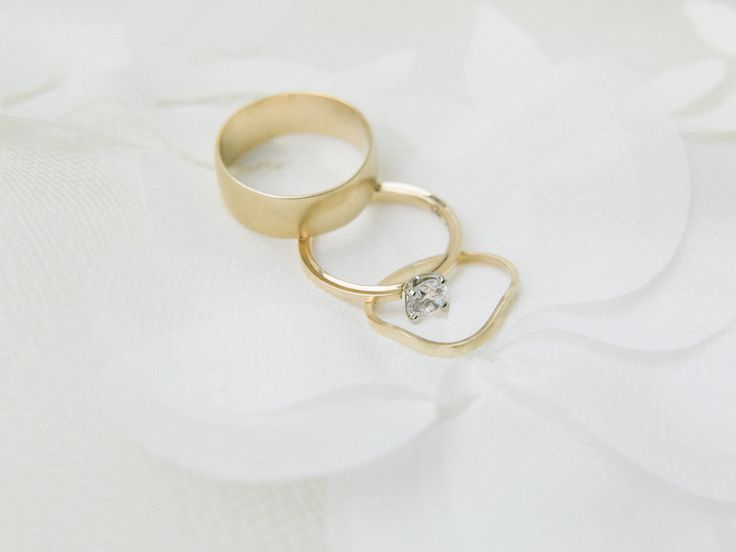 17 Best Ideas About Unique Wedding Rings On Pinterest