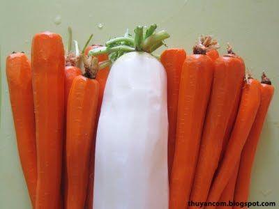 A Blog of Salt: Do Chua - Vietnamese Pickled Vegetables