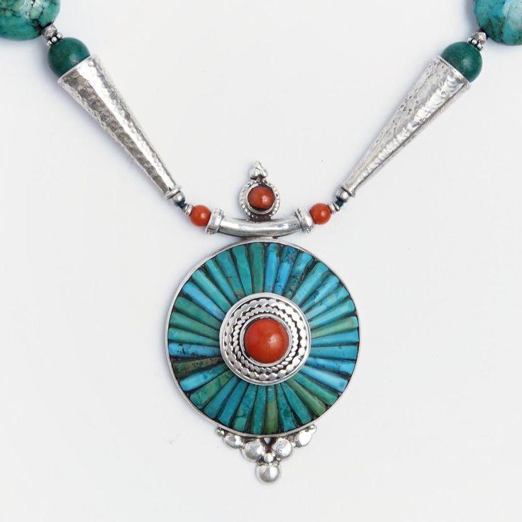 Colier statement mandala Bhaktapur, argint, coral, turcoaz tibetan, Nepal  #metaphora #silverjewelry #silverjewellery #nepal #necklace #turquoise #coral #mandala #statementnecklace