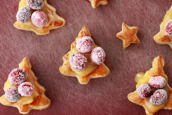 Easy Lemon Curd Pastries with Sugared Cranberries: Lemon Curd, Puff Pastries, Christmas Eve, Wonder Joy, Easy Lemon, Sugar Cranberries, Curd Pastries, Joy Ahead, Christmas Trees