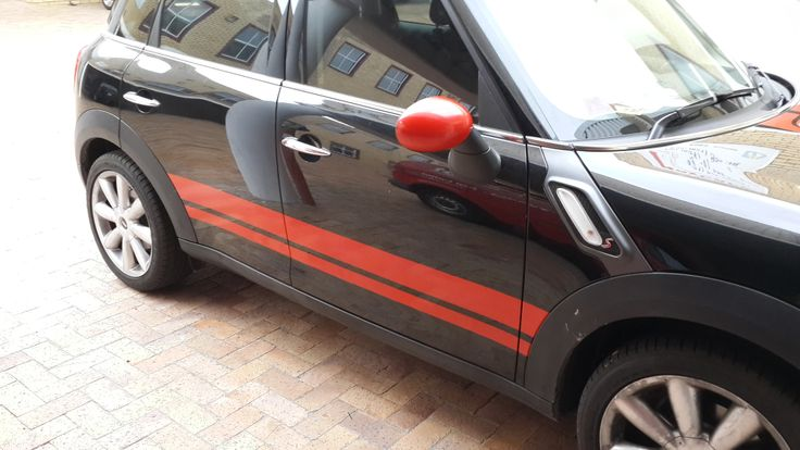 Countryman side decals and wrapped mirror caps