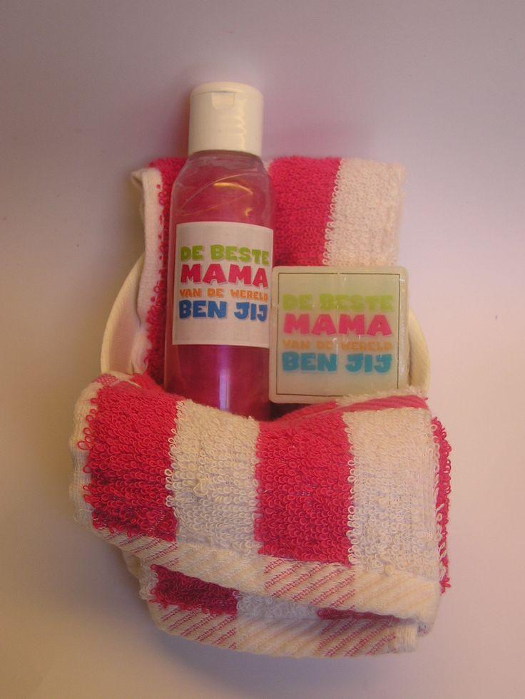 Leuk setje voor Moederdag Douchegel - blokje zeep - een gastendoekje