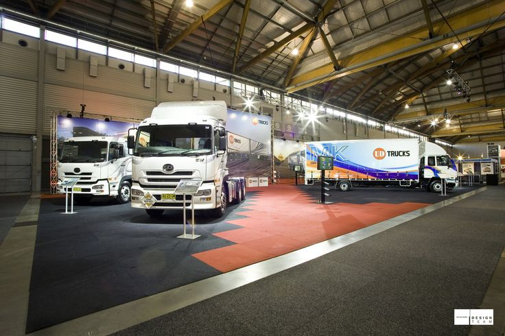 UD TRUCKS The UD stand has equal emphasis on truck, bus and merchandise display