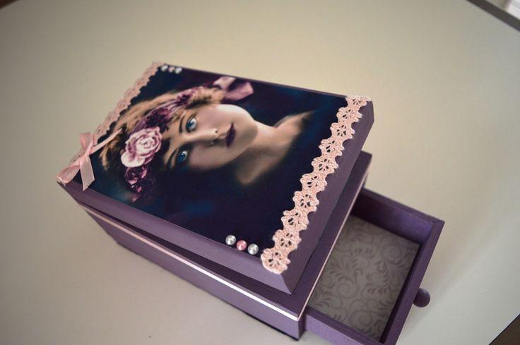 Boîte à bijoux rétro chic mauve et rose : Boîtes, coffrets par arc-en-ciel-creatif