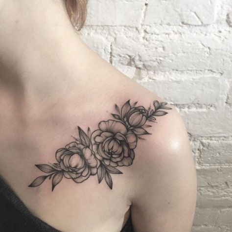 Blackwork Floral Shoulder Tattoo by Anna Bravo
