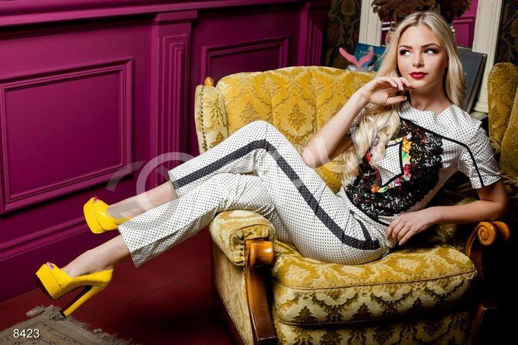 Новые коллекции модной одежды