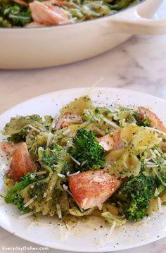 Salmon pesto pasta with broccoli recipe