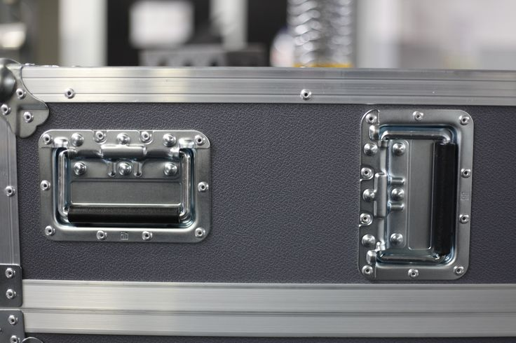 Flight Cases details by Victoria Cases.