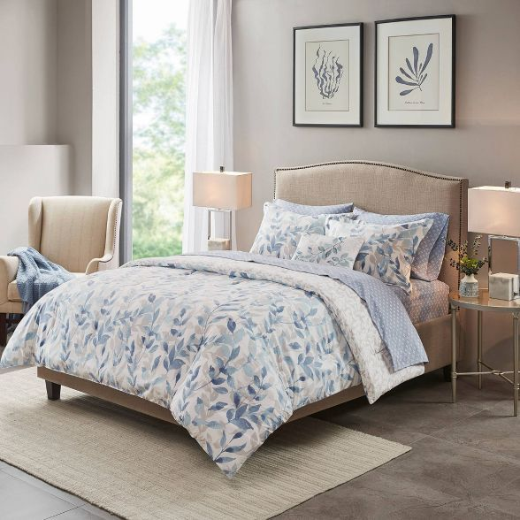 Leisha Reversible Complete Bedding Set In 2020 Complete Bedding Set Full Bedding Sets Blue Bedding Sets