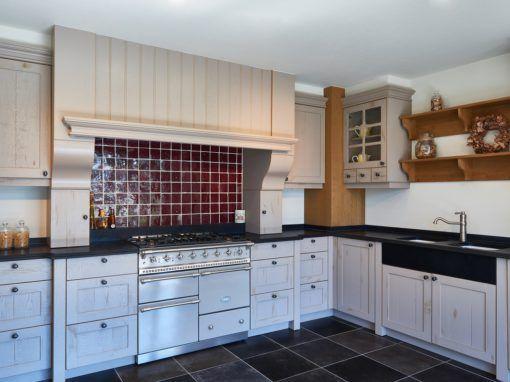 25 beste idee n over leisteen keuken op pinterest leistenen vloer leistenen vloer keuken en - Eiland zwarte bad ...