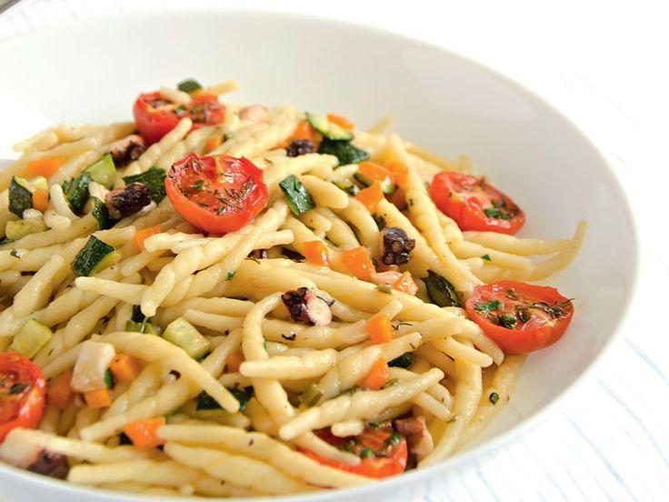 Home > Ricette > Primi piatti > Trofie con polpo e ragù di zucchine Trofie con
