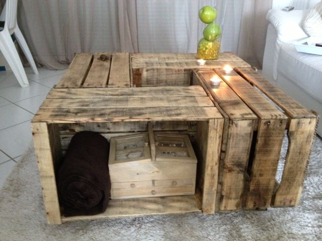 table basse by solie avec des caisses en bois caisse. Black Bedroom Furniture Sets. Home Design Ideas
