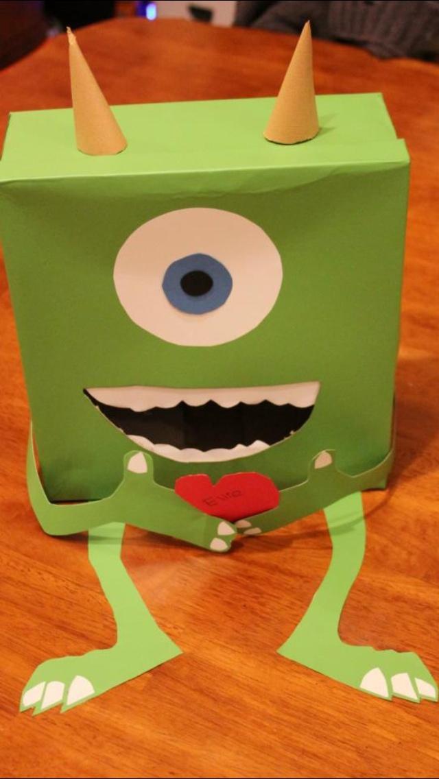 Mike Wazowski from Monsters Inc Valentine box. I love Disney ;)