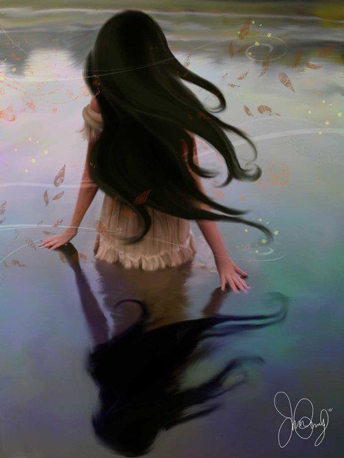 длинные непослушные волосы, гладь сине-серой воды, туман рассвета