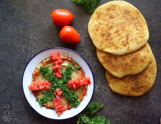 Kulinarne przygody Gatity: Chlebki manakeesh z zaatarem