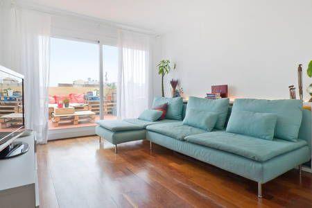 Regardez ce logement incroyable sur Airbnb : Amazing Atic in the Gotic center - Appartements à louer à Barcelone
