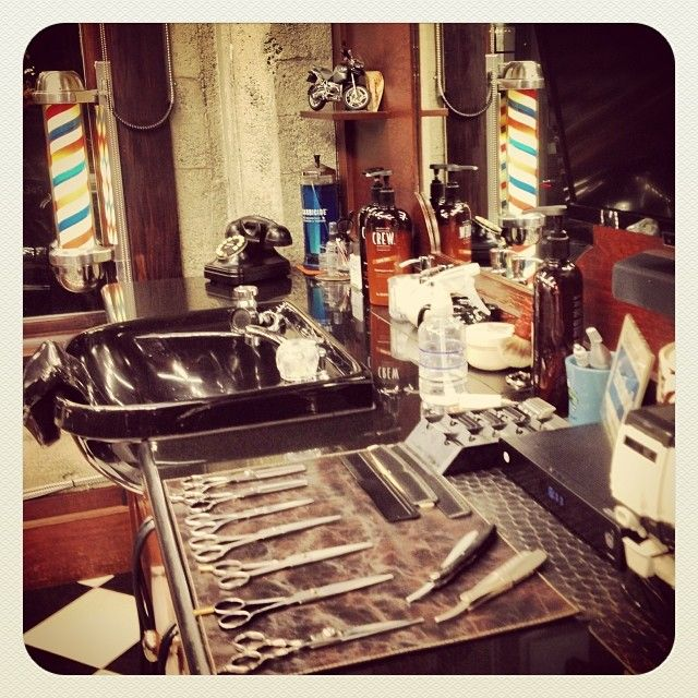 Good morning from your neighbourhood barber shop! We always love Monday…