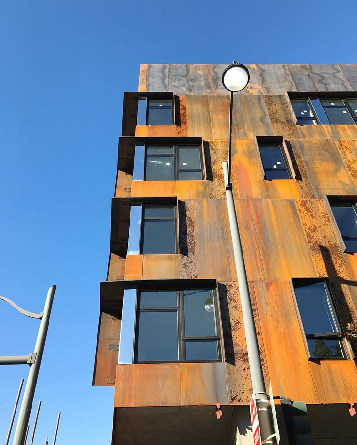 Bok Modern Cor Ten Steel Rainscreen Wall System Being Installed At FIVE88 Workforce Housing In Mission Bay This Special Element Involved A Great Deal Of