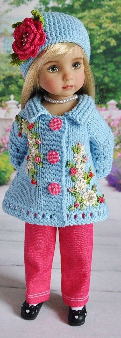 This is knitted, but it is SO beautiful, I may try to re-create it in crochet!!!