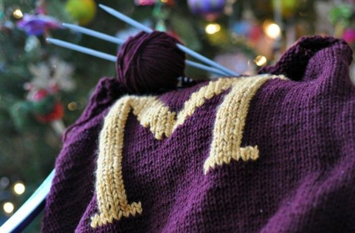 Pin by Pure on aes   Gryffindor in 2020   Knitting ...