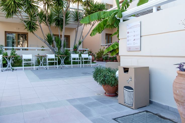 Our hotel is environmentally conscious and for that reason we have placed recycling bins all around our premises for your convenience.  https://www.oscarvillage.com/eco-friendly-green-hotel-chania  #Oscar #OscarHotel #OscarSuites #OscarVillage #OscarSuitesVillage #HotelChania #HolidaysChania #HolidaysCrete #HolidaysAgiaMarina #HotelAgiaMarina #HotelCrete #Crete #Chania #AgiaMarina
