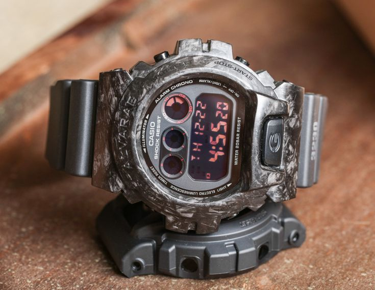 Want to upgrade your G-Shock? Tag along as we review the new Casio G-Shock DW6900 With a Forged Carbon Armour Case made By Alvarae. Alvarae takes up the new challenge of combining present technology with hands craftsmanship through the use of carbon. In this case a sturdy G-Shock...